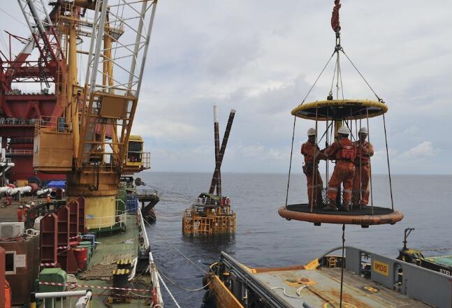 能源部提高了石油提升目标 降低了2020年的原油价格预估